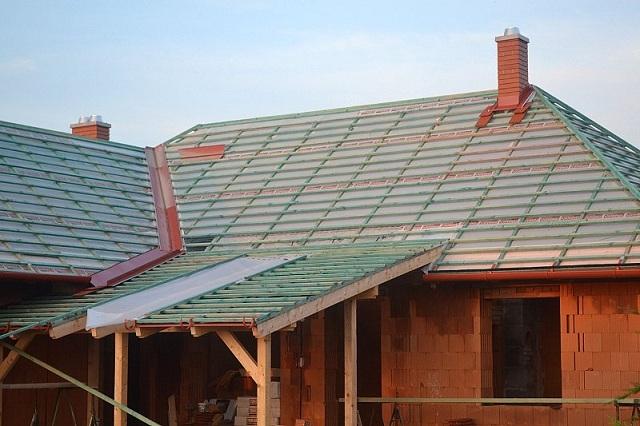 Tetőcserép felrakása házilag