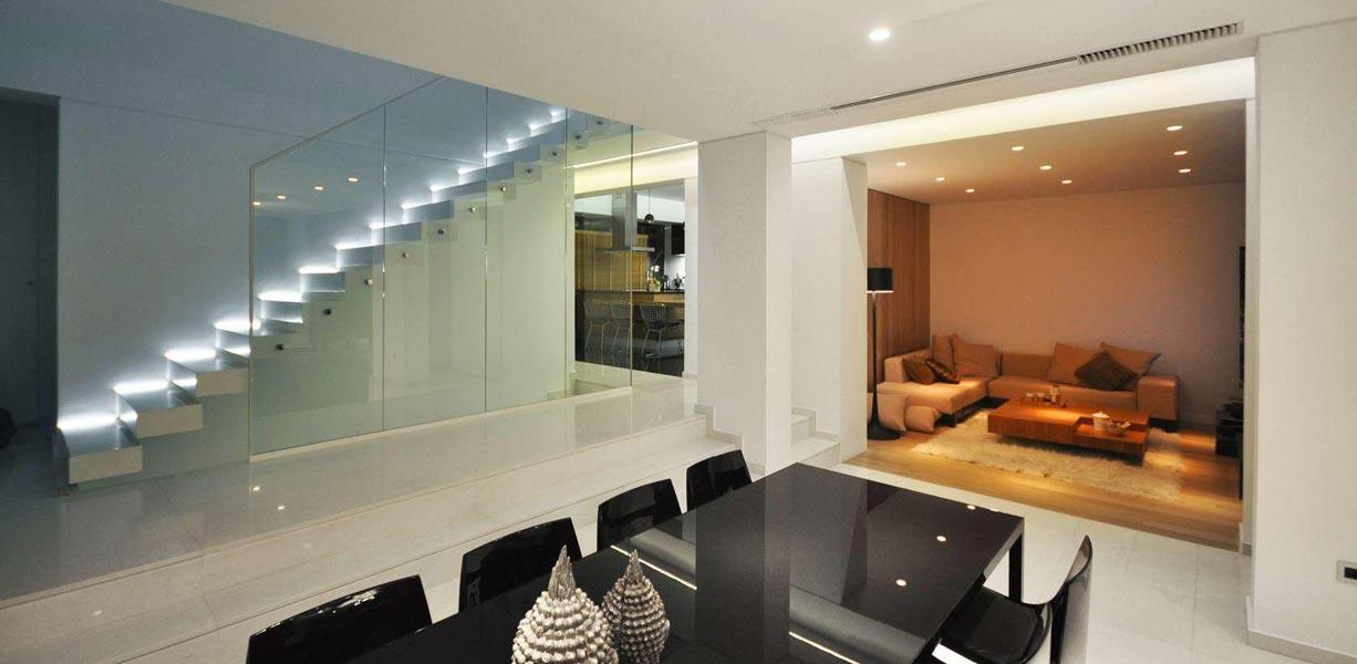 Lépcső LED szalaggal