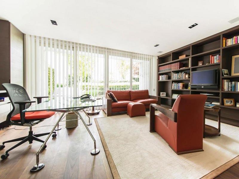 A szalagfüggöny otthonra és irodába egyaránt praktikus