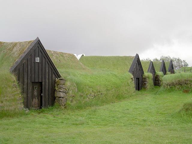 Az izlandi Keldurban épült földház (en.wikipedia.org)