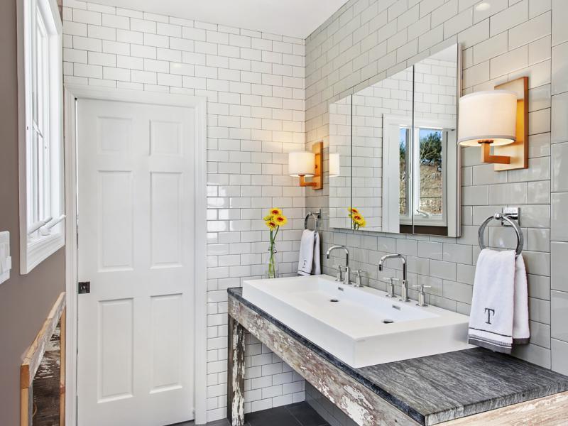 Modern-rusztikus fürdőszoba