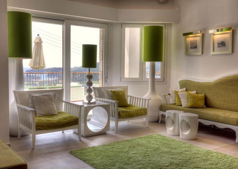 Zöld fehér nappali