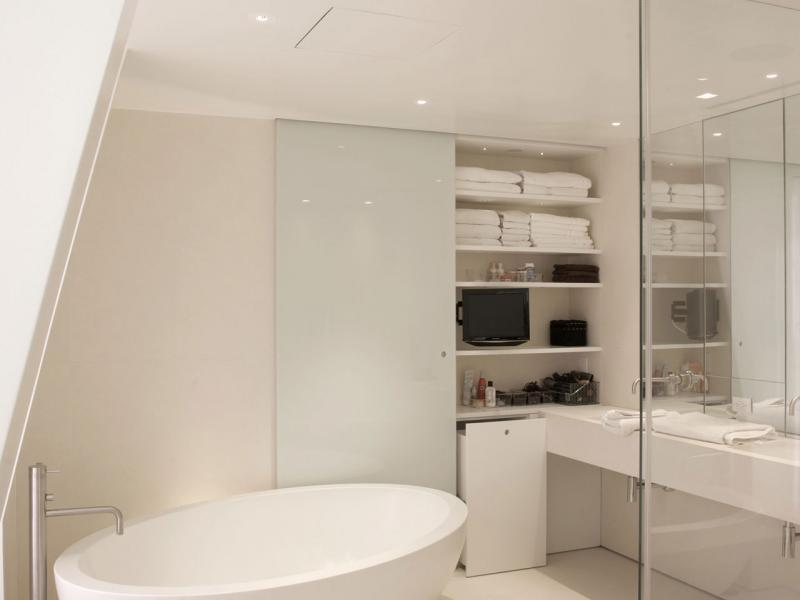 Fehér fürdőszoba