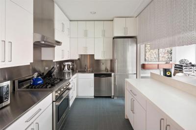 Kis konyha maximális térkihasználás - konyha / étkező ötlet, modern stílusban