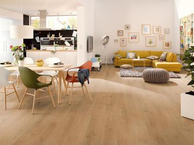 Egger laminált padló - nappali ötlet, modern stílusban