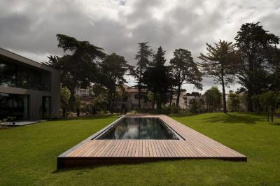 Medence a kert közepén - medence / jakuzzi ötlet