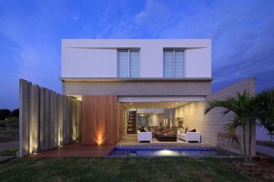 Összeérő terek - kerítés ötlet, modern stílusban