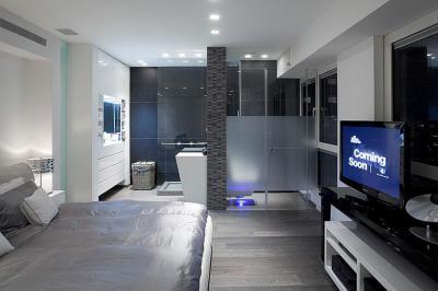 Hálószoba fürdőszoba összeköttetéssel - háló ötlet, minimál stílusban