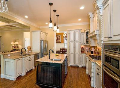 Rusztikus konyha - konyha / étkező ötlet, klasszikus stílusban