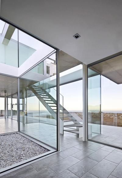 Üvegezett folyosó - belső továbbiak ötlet, modern stílusban