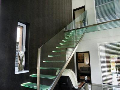 Családi ház belső tere - nappali ötlet, modern stílusban