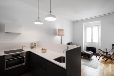 Kis lakás - konyha / étkező ötlet, modern stílusban