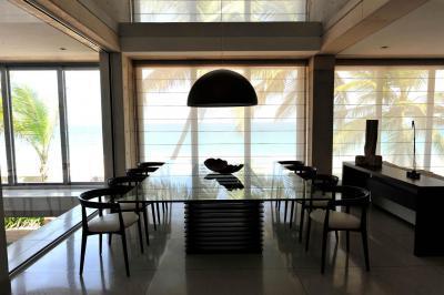 tárgyalóasztal - nappali ötlet, modern stílusban
