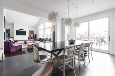 egy légterű étkező és nappali - konyha / étkező ötlet, modern stílusban