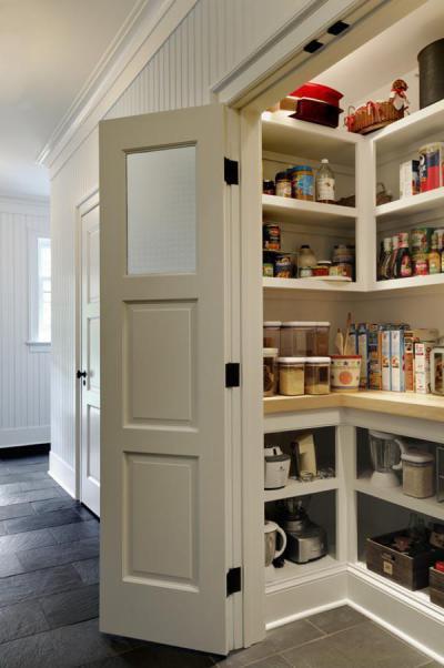 Fehér kamraszekrény - belső továbbiak ötlet, modern stílusban