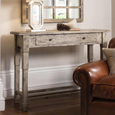 Antikolt konzol asztal - nappali ötlet, rusztikus stílusban