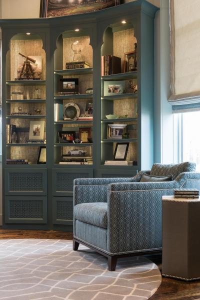 Szekrényvilágítás - nappali ötlet, klasszikus stílusban