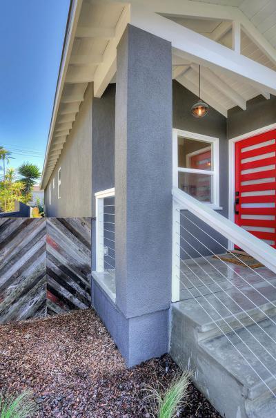 Piros bejárati ajtó - bejárat ötlet