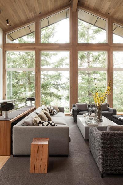 Hangulatos nappali erdőre kilátással - nappali ötlet, modern stílusban
