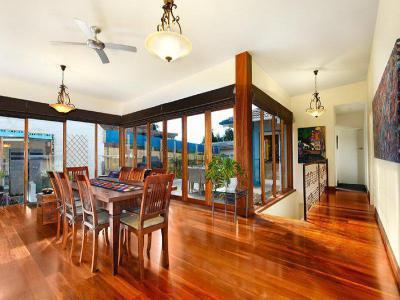 Óriási ablakok12 - konyha / étkező ötlet, modern stílusban