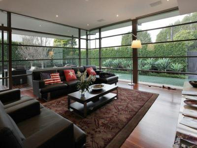 Óriási ablakok15 - nappali ötlet, modern stílusban