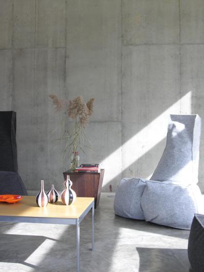 Kőfurnér a nappaliban - nappali ötlet, modern stílusban