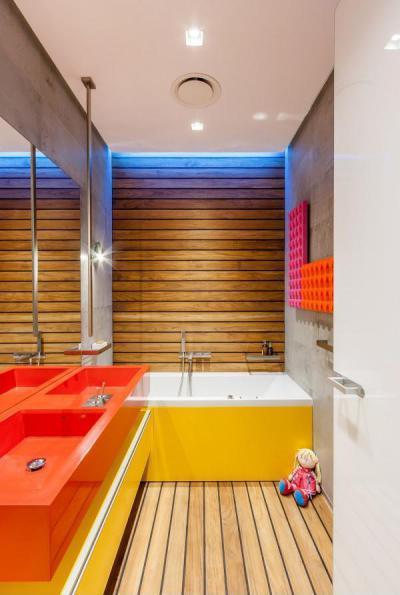 Vidám színű fürdőszoba gyerekeknek - fürdő / WC ötlet, modern stílusban
