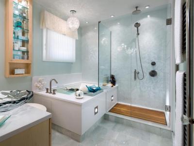 Víztiszta és fehér színek - fürdő / WC ötlet, modern stílusban