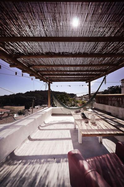 Tetőterasz - erkély / terasz ötlet, mediterrán stílusban