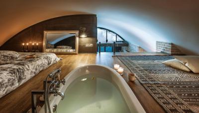 Hálószoba fürdővel - fürdő / WC ötlet