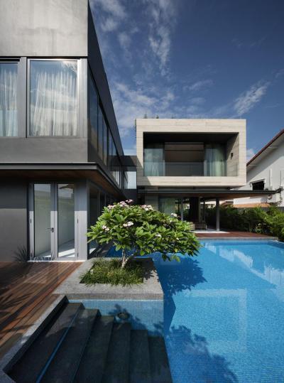 Modern lakóház - erkély / terasz ötlet, modern stílusban