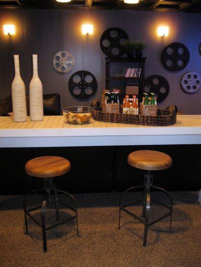 Dekor filmtekercsekkel a bárban - belső továbbiak ötlet