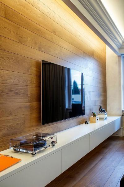 Laminált padló falon - nappali ötlet, modern stílusban