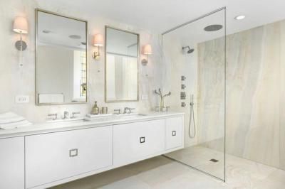 Fehér elegáns fürdőszoba - fürdő / WC ötlet, modern stílusban