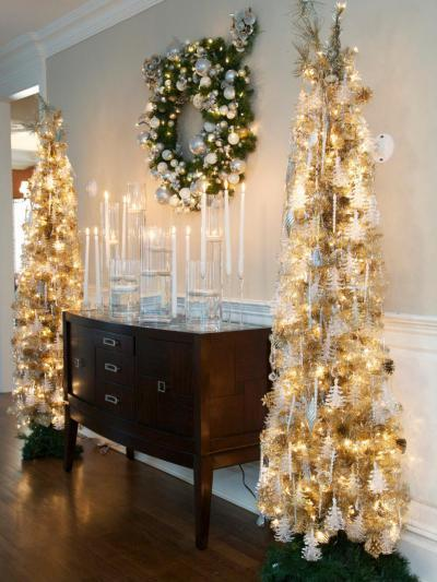 Arany és fehér csillogás - nappali ötlet, klasszikus stílusban