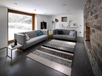 Rusztikus falburkolat - nappali ötlet, modern stílusban
