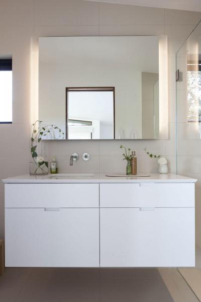 Világos fürdőszoba ötletek