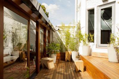 Kicsi, de hangulatos terasz - erkély / terasz ötlet, modern stílusban
