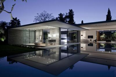 Modern ház medecével - homlokzat ötlet, modern stílusban
