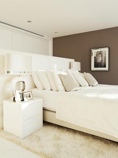 Fehér hálószoba - háló ötlet, modern stílusban