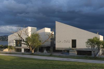 Tégla és beton - homlokzat ötlet, modern stílusban