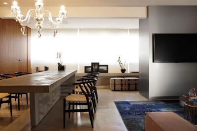 Csillár az étkezőben - nappali ötlet, modern stílusban