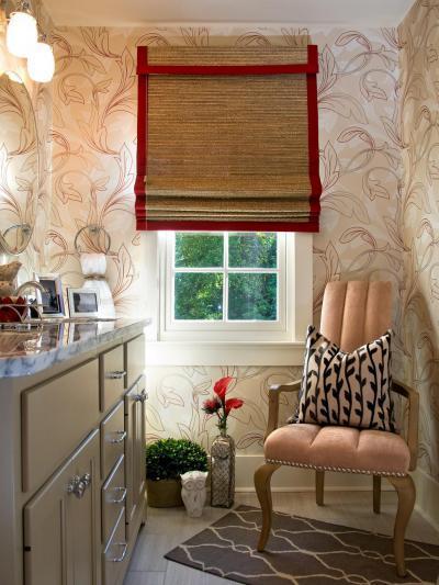 Vörös rolószegély - fürdő / WC ötlet, klasszikus stílusban