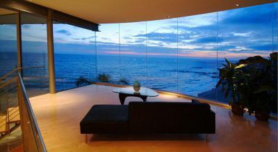 Panorámás nappali - nappali ötlet, modern stílusban