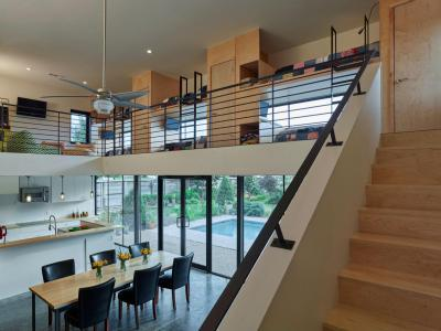 Galéria - belső továbbiak ötlet, modern stílusban