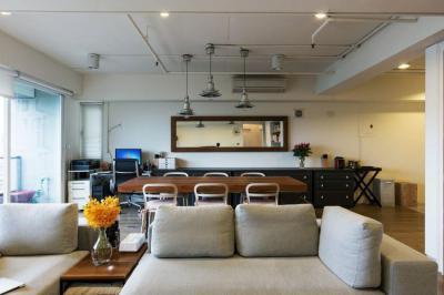 Nappali étkezőasztallal - nappali ötlet, modern stílusban