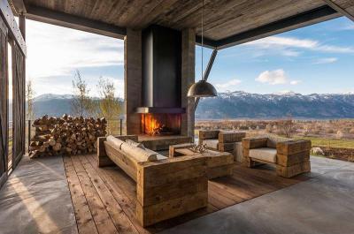 Fedett terasz - erkély / terasz ötlet, rusztikus stílusban