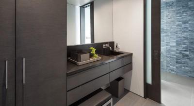 Fekete fürdőszoba bútor - fürdő / WC ötlet, modern stílusban
