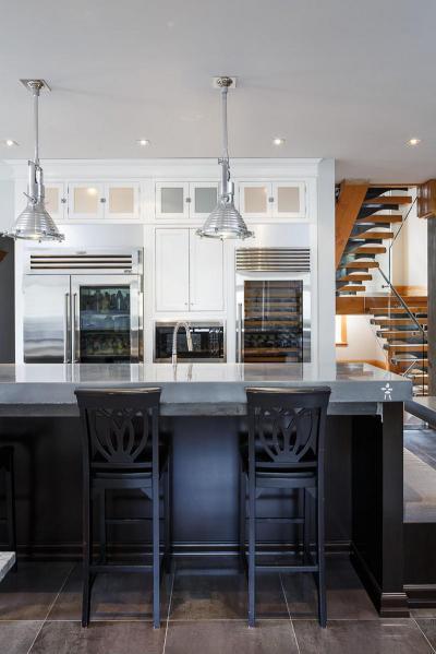 Elegáns konyha - konyha / étkező ötlet, klasszikus stílusban