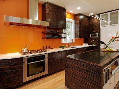 Narancs és barna konyha - konyha / étkező ötlet, modern stílusban